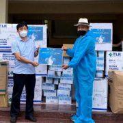 Quỹ từ thiện Hoa Phước, TAF Media trao nhu yếu phẩm hơn 200 triệu đồng phòng chống Covid – 19