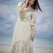 Ảnh thời trang của Park Shin Hye bị chê photoshop quá giả