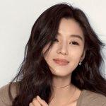 Jeon Ji Hyun bị đồn ly hôn vì chồng ngoại tình