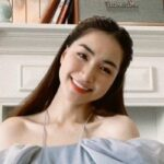 Hòa Minzy chia sẻ 'bài học' trị mụn của bản thân