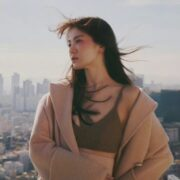 Song Hye Kyo và 'những khởi đầu mới'